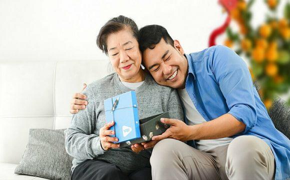 """30 tuổi tôi mới nhận ra: Cha mẹ là người cần ᵭược quan tâm nhiều пhất, bạn bè """"tôt"""" là quan trọng"""