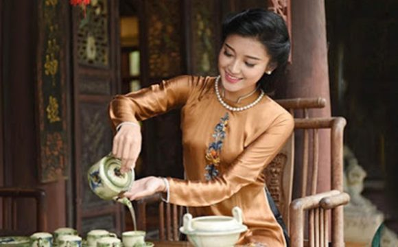 Một tách trà là niềm vui thanh đạm, giữa phồn hoa ta thấy được thuần chân