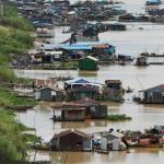 Việt trên sông Tonle Sap Campuchia chưa biết đi đâu, về đâu